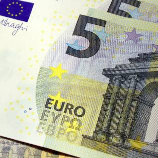 5-euro-bank-note