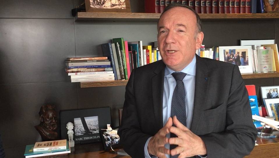 pierre-gattaz-office