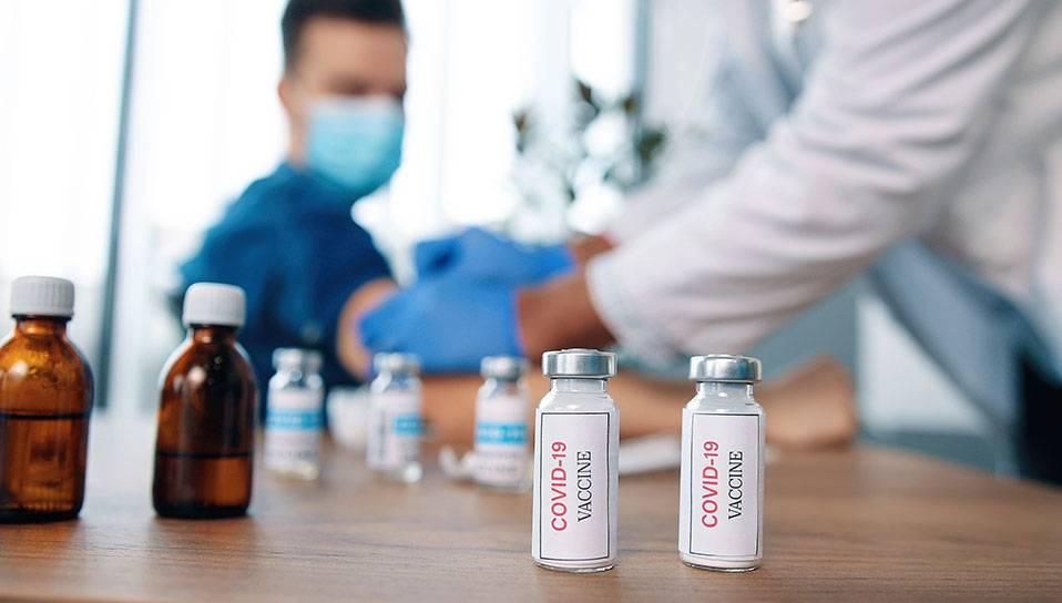 Covid-19 : vaccination anti-Covid par les services de santé au travail - MEDEF tv